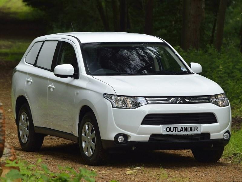 Новый Mitsubishi Outlander Commercial - Mitsubishi Outlander Commercial 2013 вид спереди