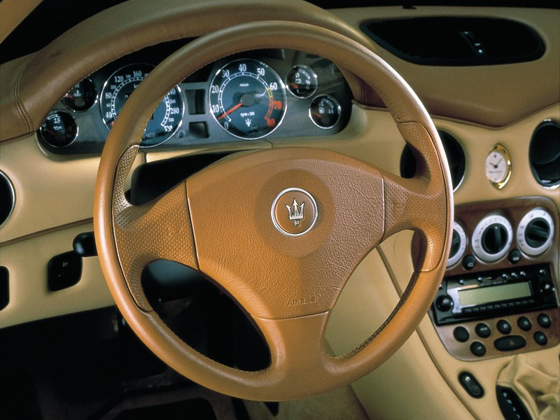 Панель приборов Maserati 3200 GT