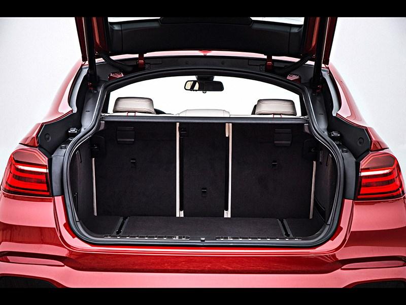 BMW X4 2014 багажное отделение фото 1