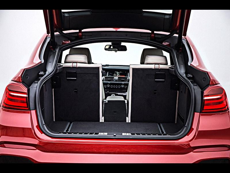 BMW X4 2014 багажное отделение фото 4
