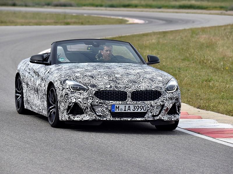 BMW опубликовала первые фотографии нового Z4