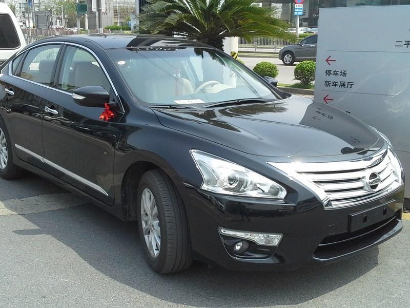 Nissan сворачивает производство и продажи седана Teana