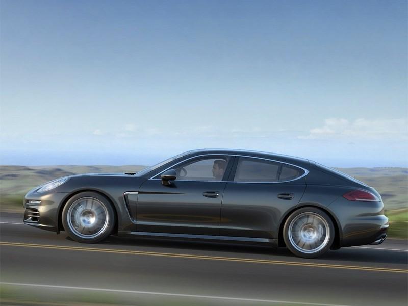 Porsche Panamera 2014 вид сбоку