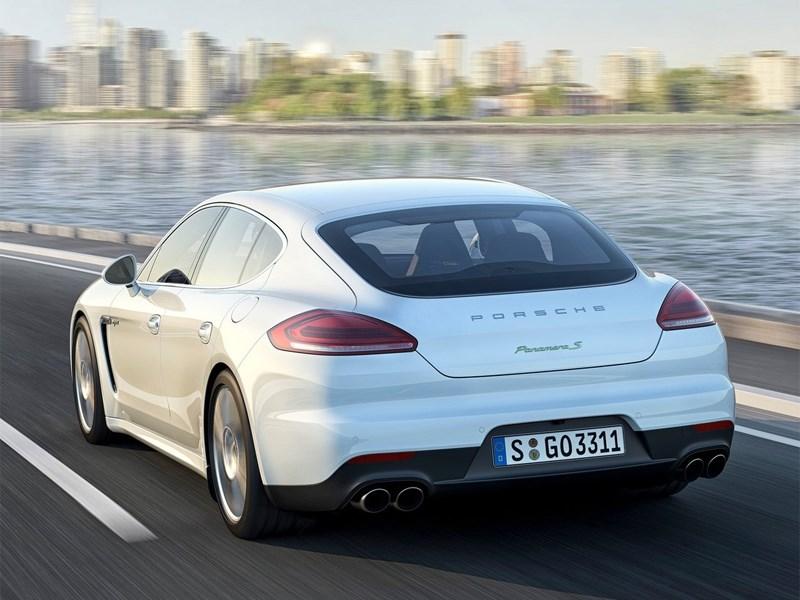 Porsche Panamera 2014 вид сзади