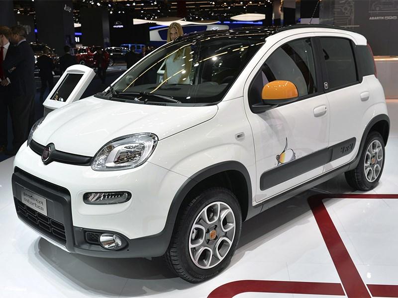 Новый Fiat Panda 4x4 - Fiat Panda 4x4 Antartica 2013 вид спереди