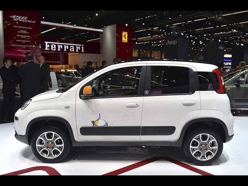 Fiat Panda 4x4 Antartica 2013 вид сбоку