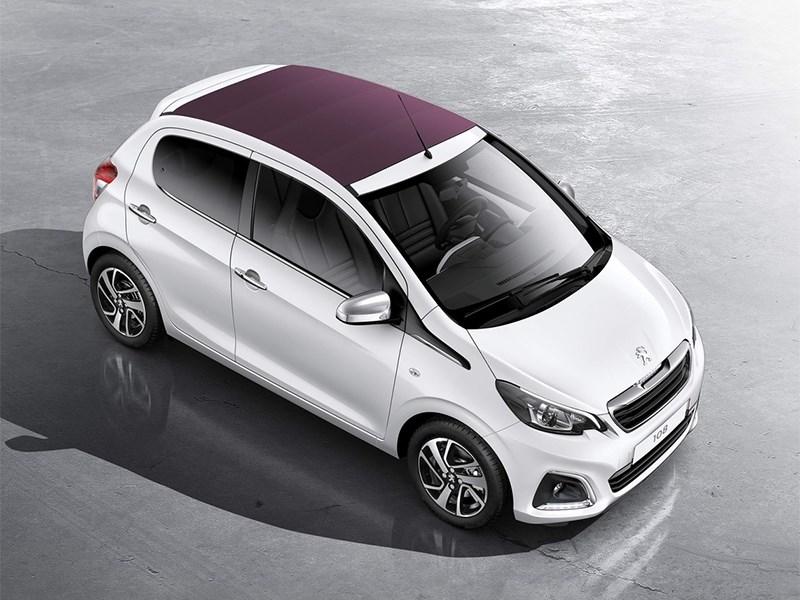 Peugeot 108 2014 вид спереди сверху