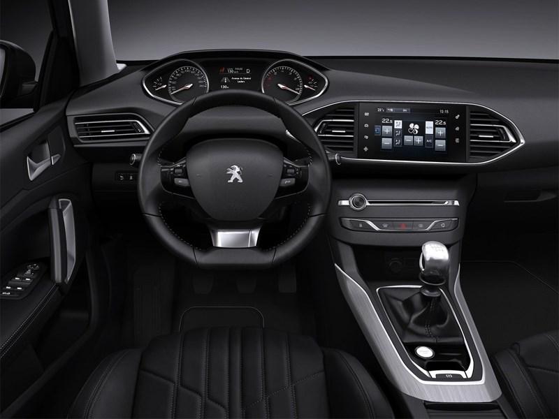 Peugeot 308 2013 водительское место