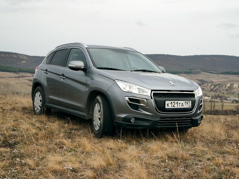 Peugeot 4008 2012 вид спереди