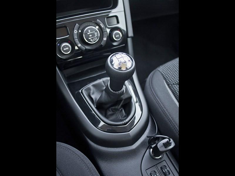 Peugeot 408 2010 5МКПП