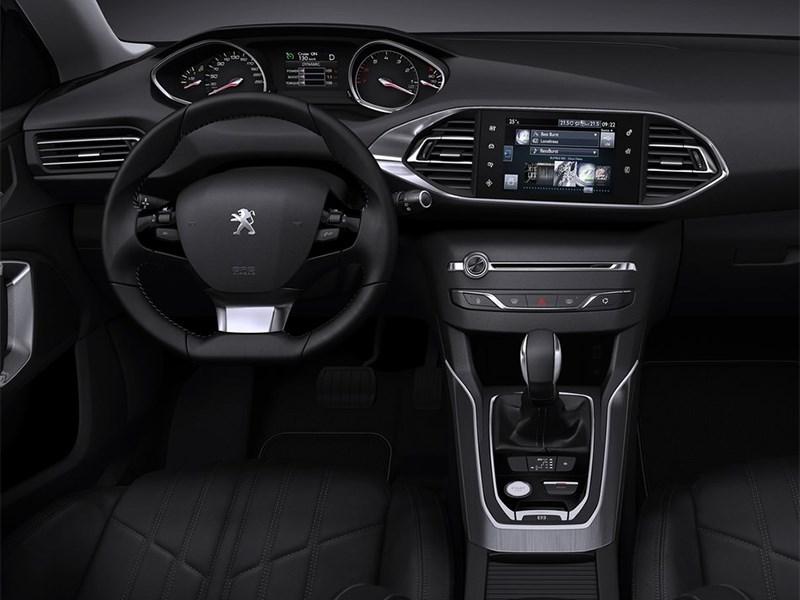 Peugeot 308 SW 2013 водительское место