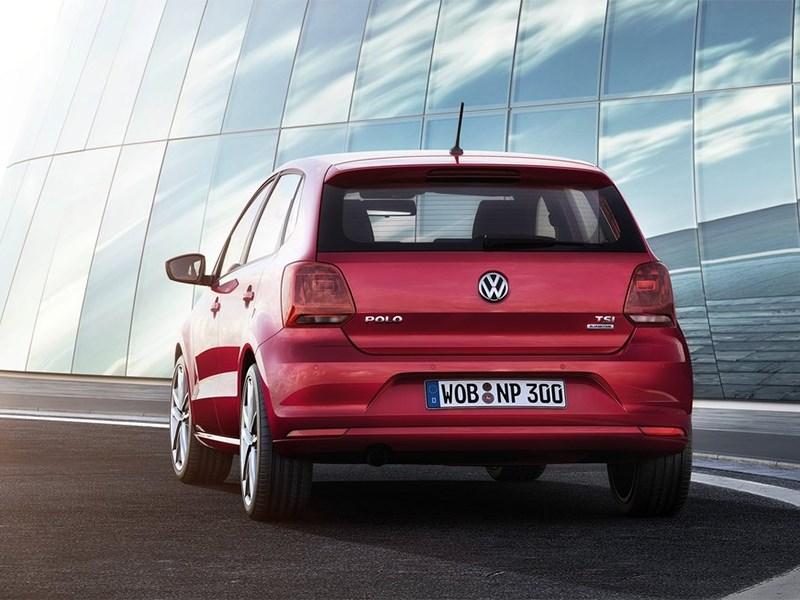 Volkswagen Polo 2013 вид сзади фото 2