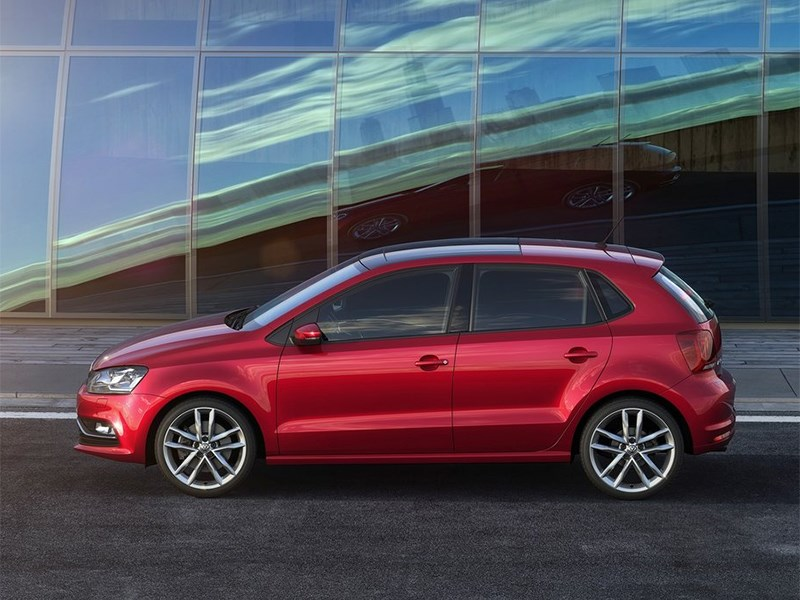 Volkswagen Polo 2013 вид сбоку фото 2