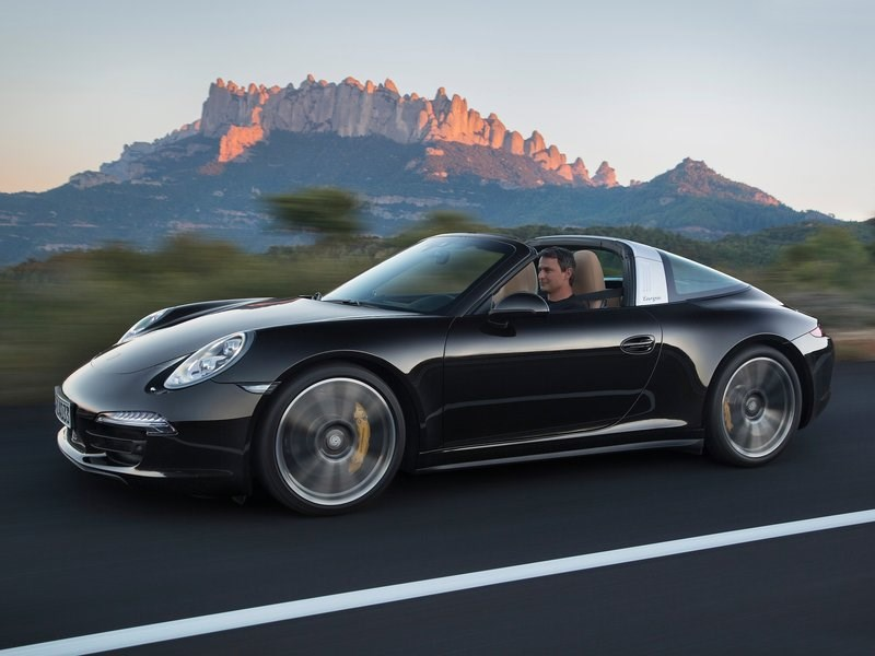 Porsche 911 Targa 2014 черный вид спереди