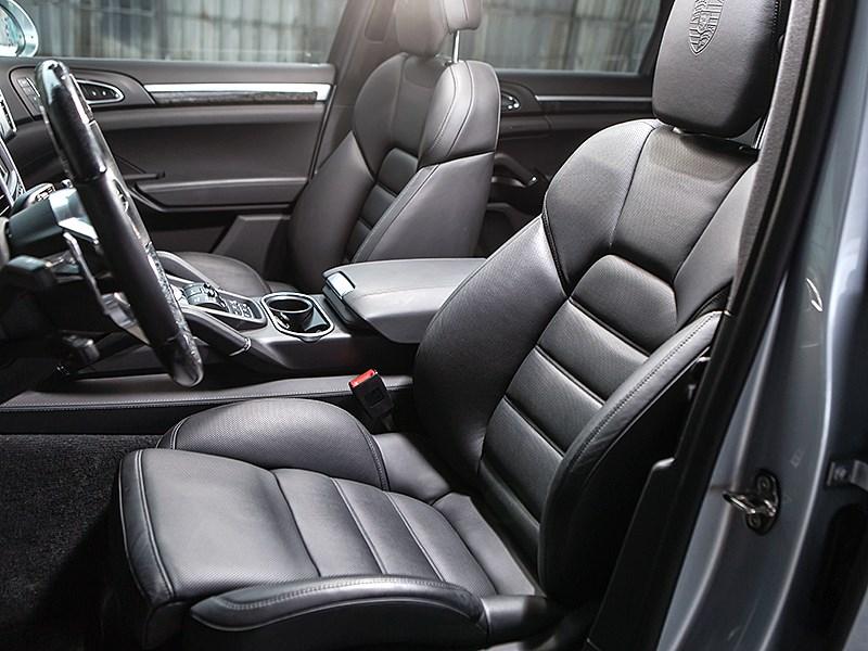 Porsche Cayenne S 2015 передние кресла