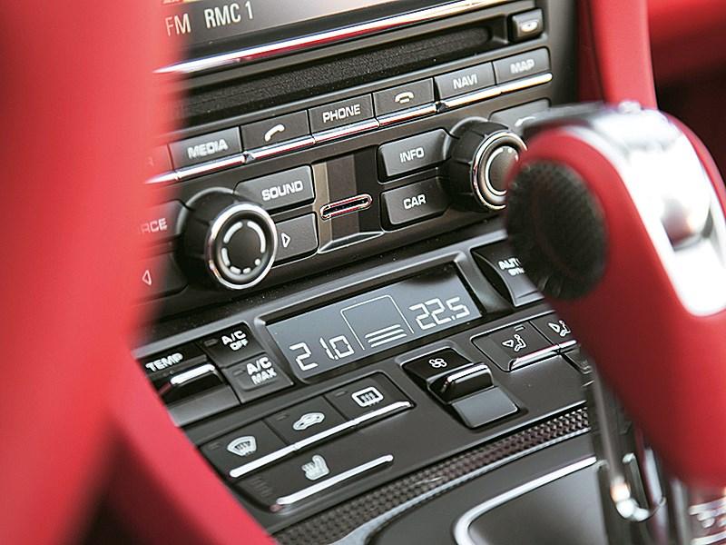 Porsche 911 Targa 2014 кнопки управления