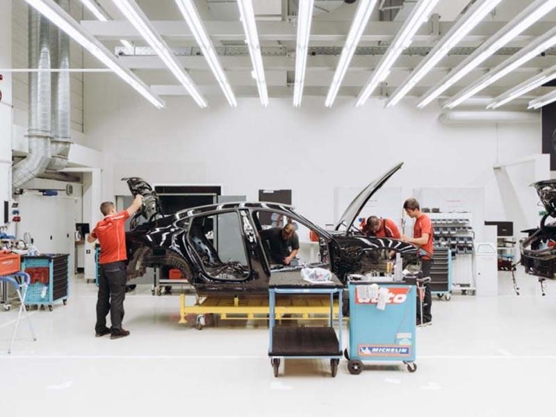 Porsche показала Mission E. Разобранный
