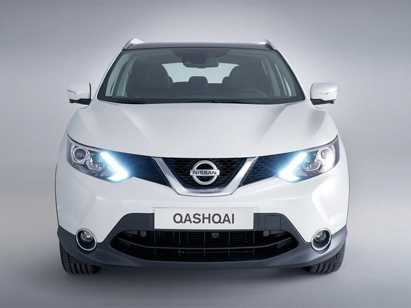 Nissan Qashqai 2013 вид спереди белый