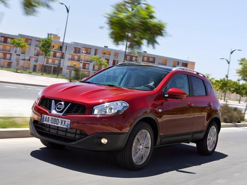 Nissan отзывает более 50 тыс. машин из-за проблем с управлением