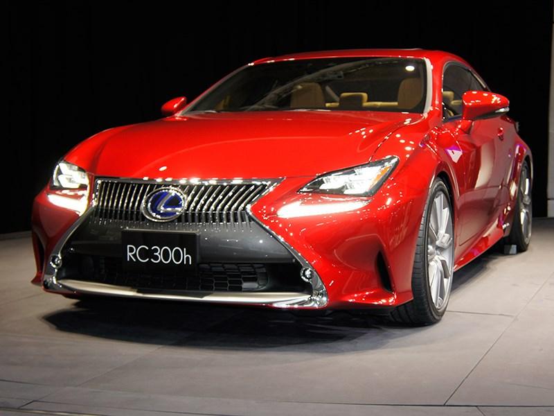 Lexus RC концепт 2013 вид спереди