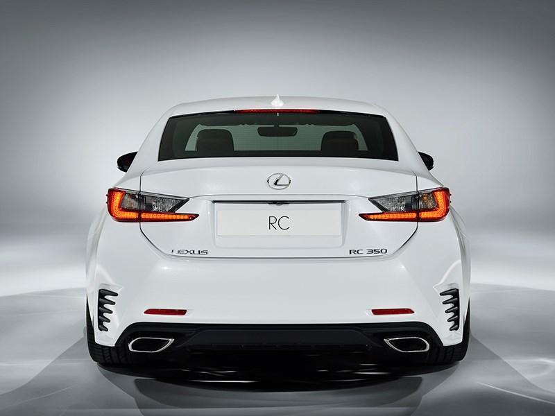 Lexus RC F Sport 2014 вид сзади фото 1