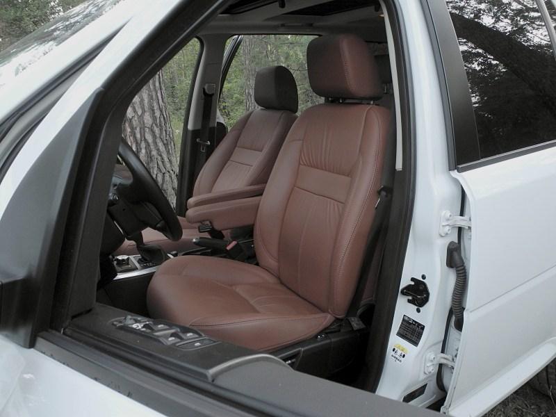 Land Rover Freelander 2 2011 передние сидения