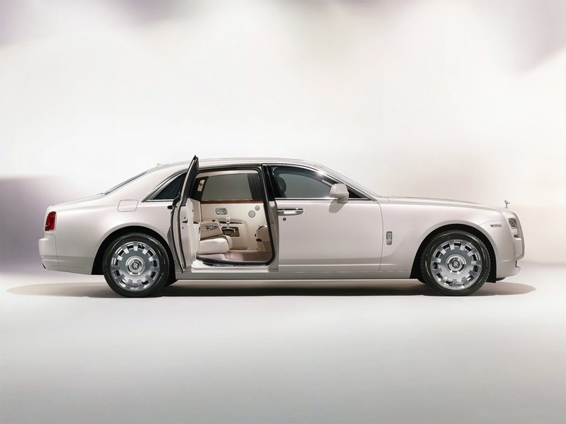 Rolls-Royce Ghost Six Senses
