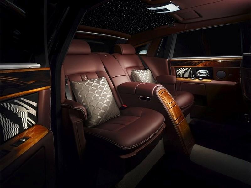 Rolls-Royce Phantom Pinnacle Travel 2014 места для пассажиров