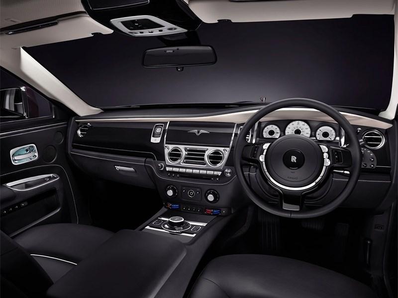 Rolls-Royce Ghost V-Specification 2014 водительское место