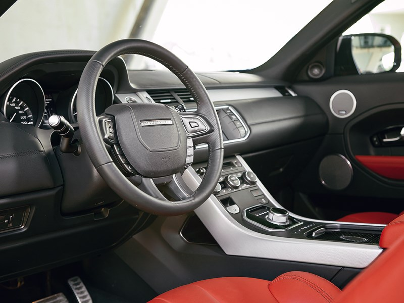 Range Rover Evoque 2012 водительское место