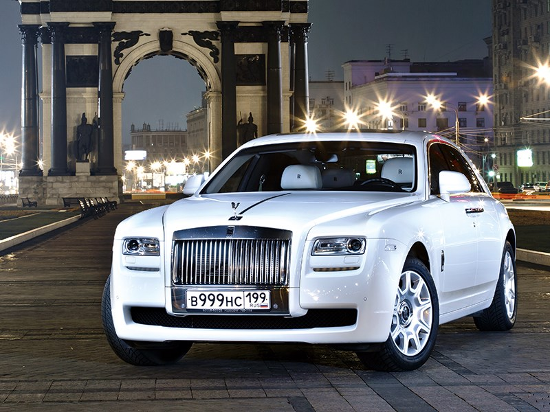 Rolls-Royce Ghost - rolls-royce ghost 2010 вид спереди