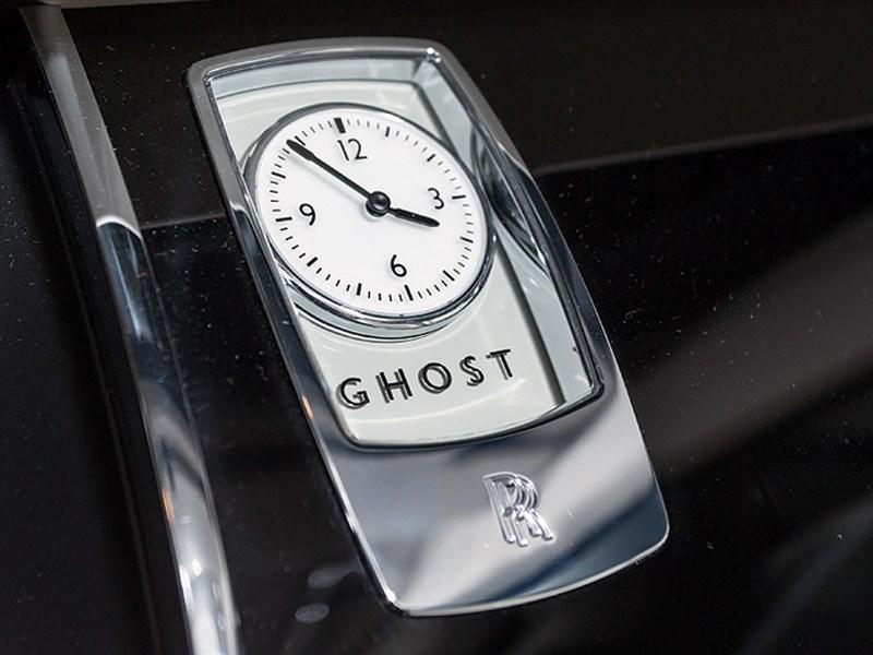 Rolls-Royce Ghost 2010 фирменные часы