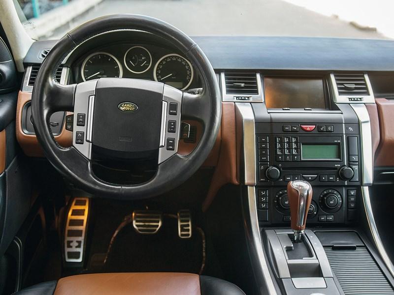 Range Rover Sport 2005 водительское место