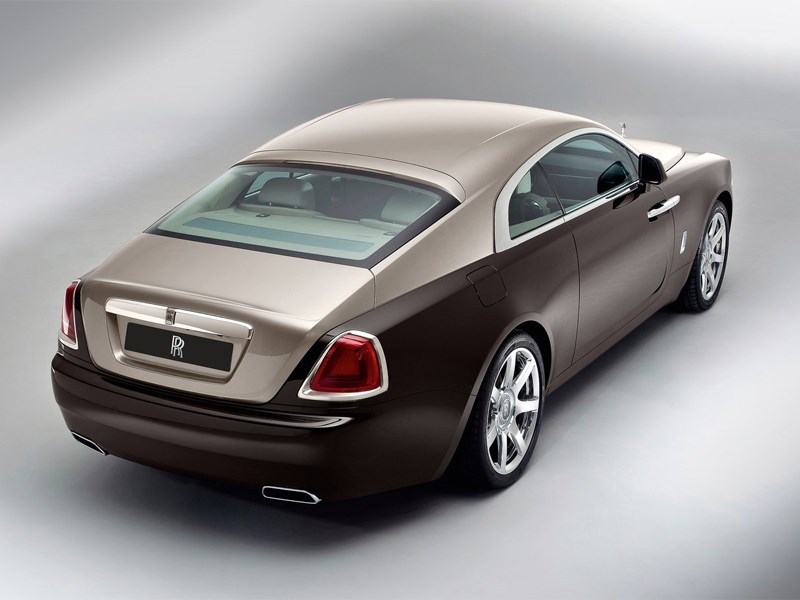 Rolls-Royce Wraith 2013 вид сзади