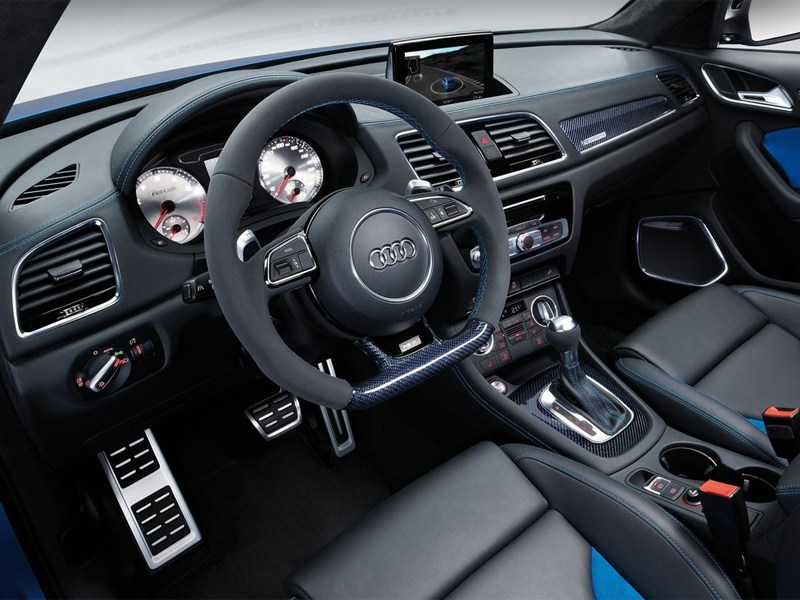 Audi RS Q3 concept 2012 водительское место