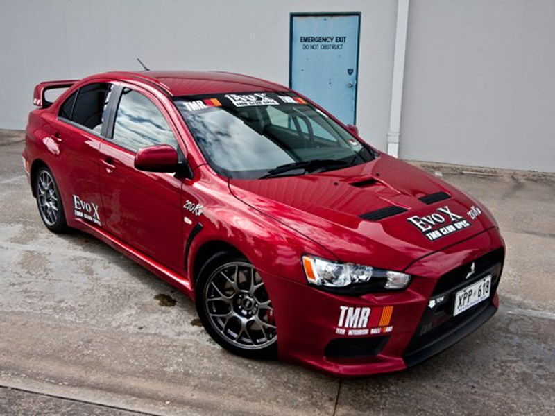 Lancer Evolution X Ralliart 2008 вид спереди