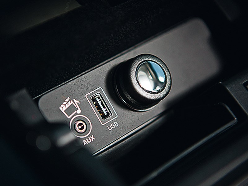 Range Rover 2012 USB-порт