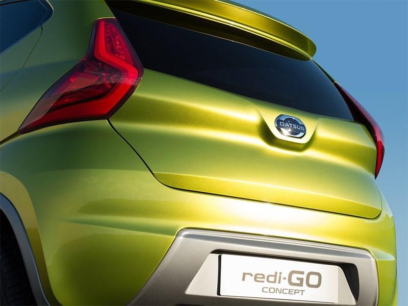 Datsun redi-Go Concept 2014 вид сзади фото 2