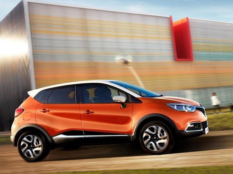 Renault Captur 2013 вид сбоку