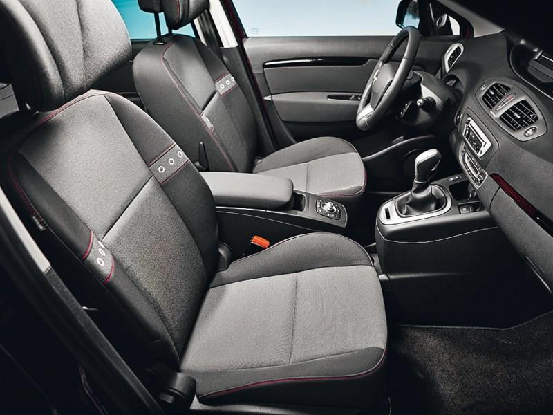 Renault Scenic 2012 передние кресла