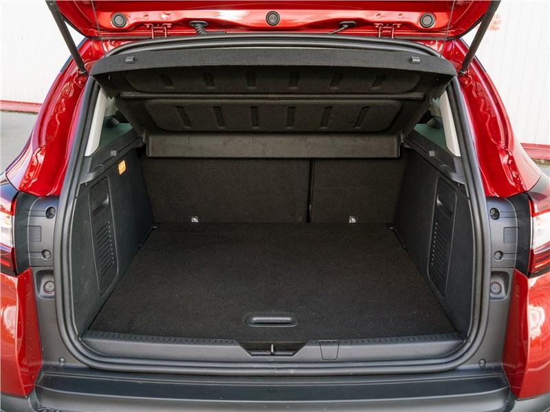 Renault Kaptur 2016 багажное отделение