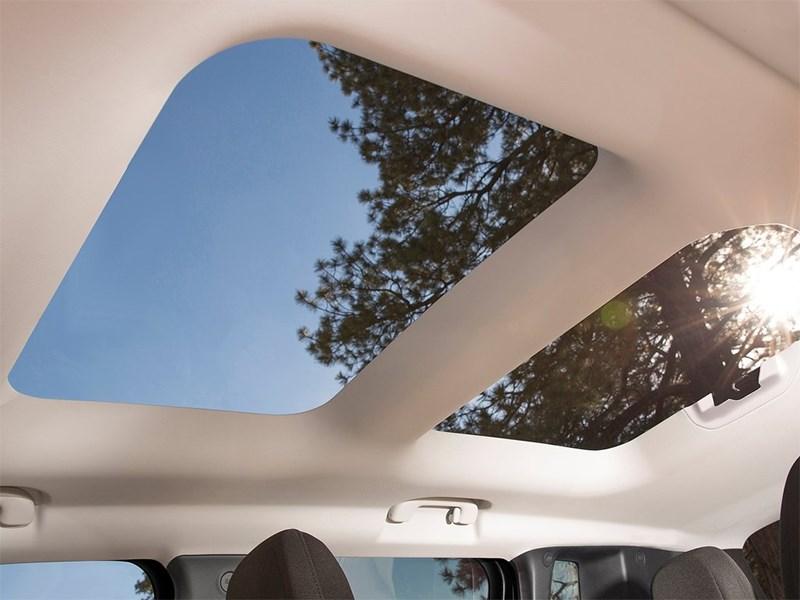 Jeep Renegade 2014 панорамная крыша
