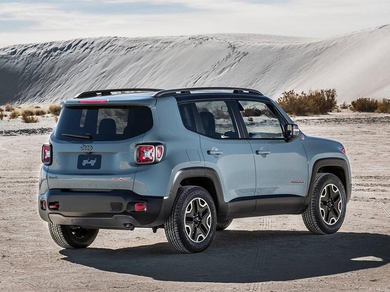 Jeep Renegade 2014 вид сбоку сзади