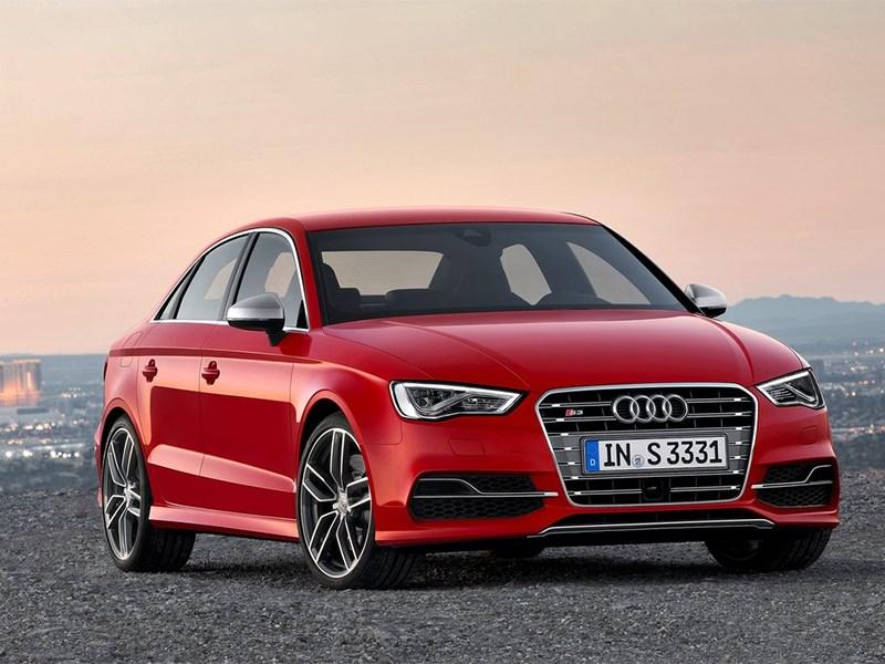 Audi S3 sedan 2013 вид спереди
