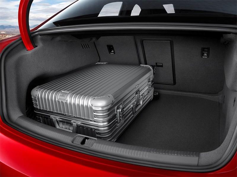 Audi S3 sedan 2013 багажное отделение