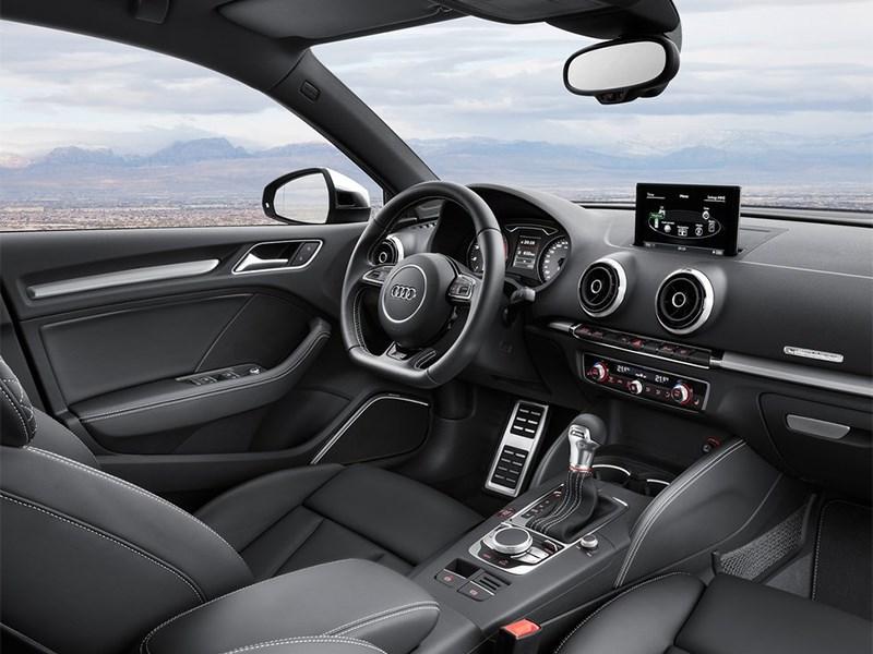 Audi S3 sedan 2013 водительское место