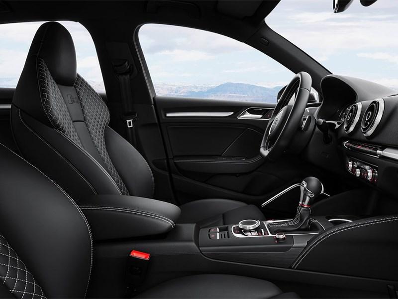 Audi S3 sedan 2013 передние кресла