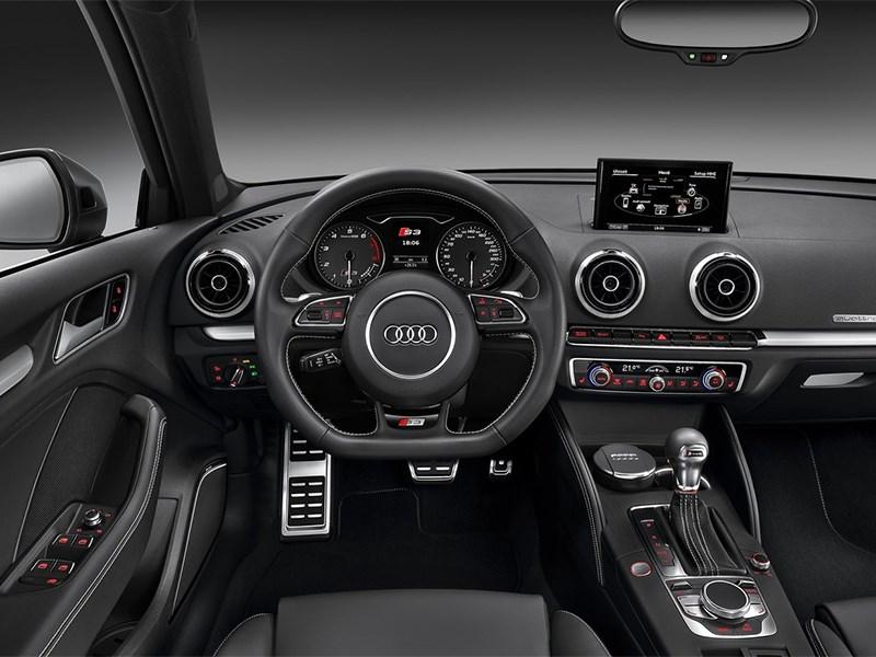 Audi S3 sportback 2013 водительское место