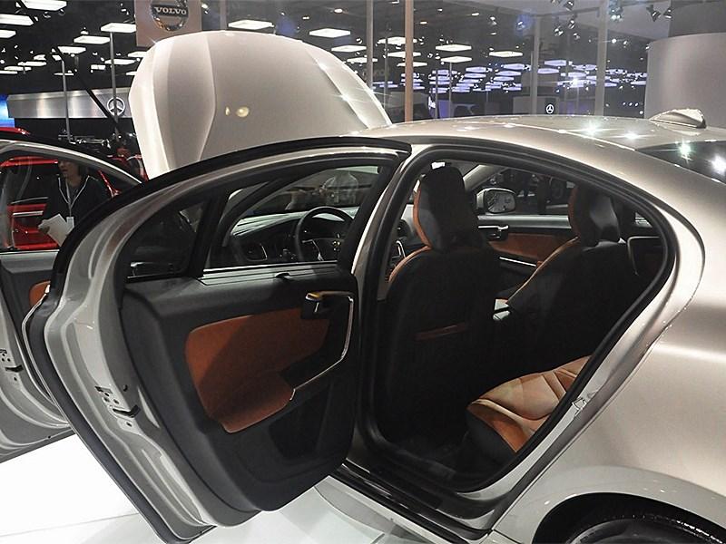 Volvo S60 L 2014 дверь для пассажира