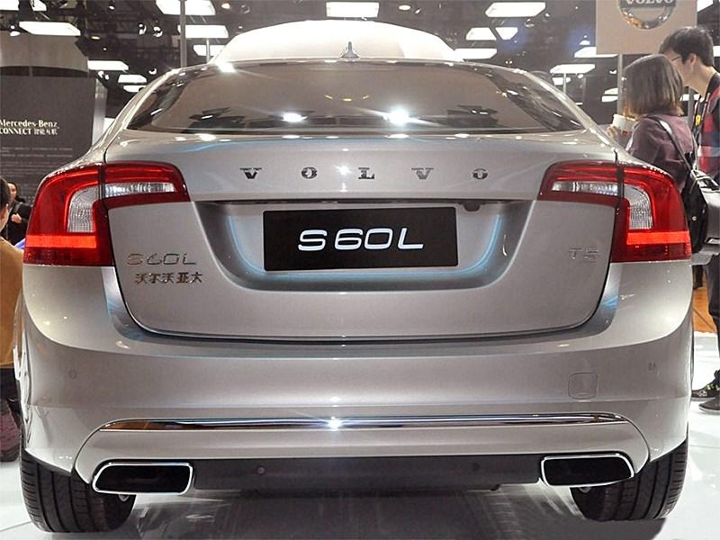 Volvo S60 L 2014 вид сзади 2